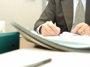 Внесение исправлений в журнал регистрации трудовых договоров