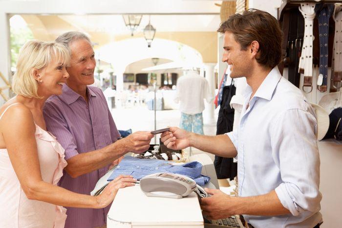 должностная инструкция администратора торгового зала магазина - фото 11